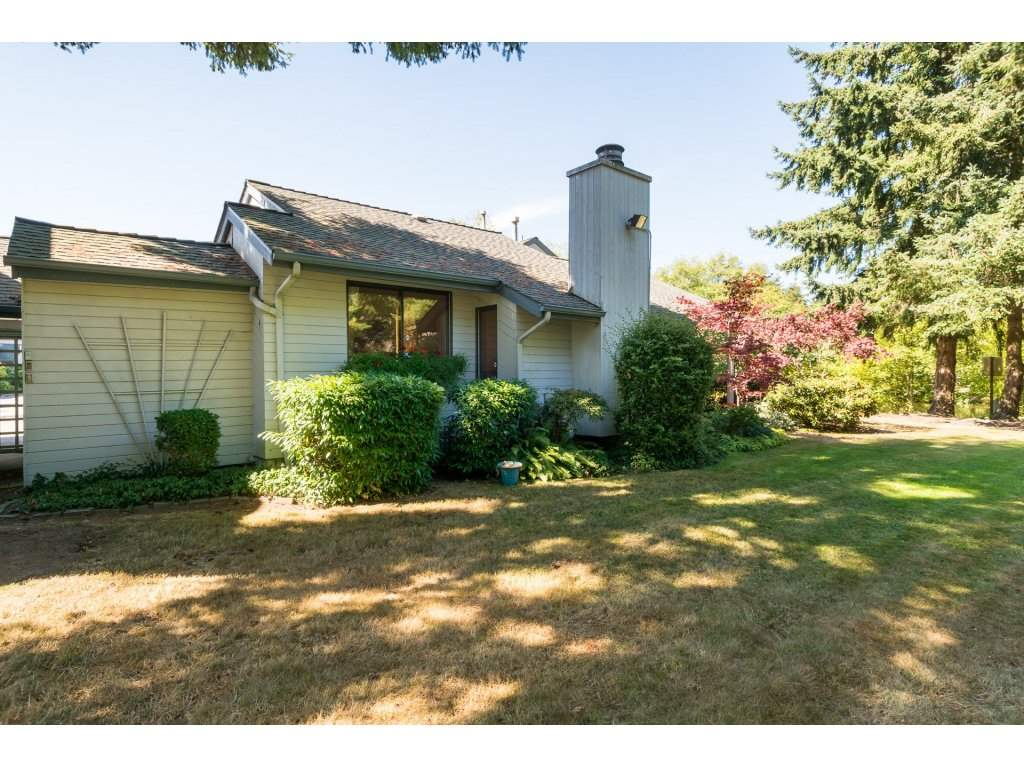 Townhouse at 15883 ALDER PLACE, South Surrey White Rock, British Columbia. Image 2