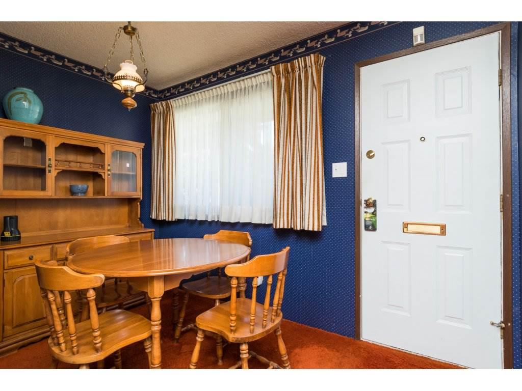 Townhouse at 15883 ALDER PLACE, South Surrey White Rock, British Columbia. Image 3