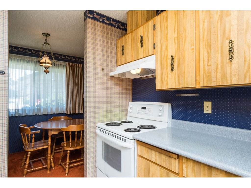 Townhouse at 15883 ALDER PLACE, South Surrey White Rock, British Columbia. Image 9