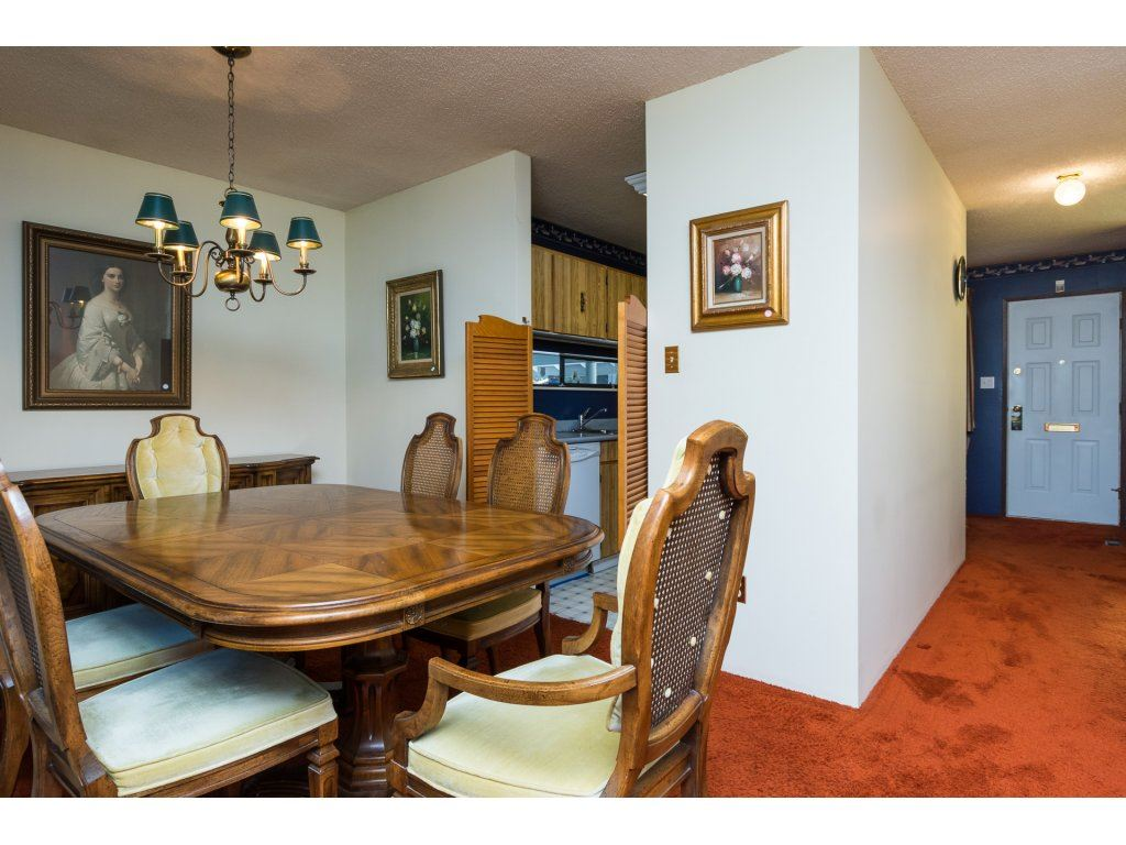 Townhouse at 15883 ALDER PLACE, South Surrey White Rock, British Columbia. Image 10