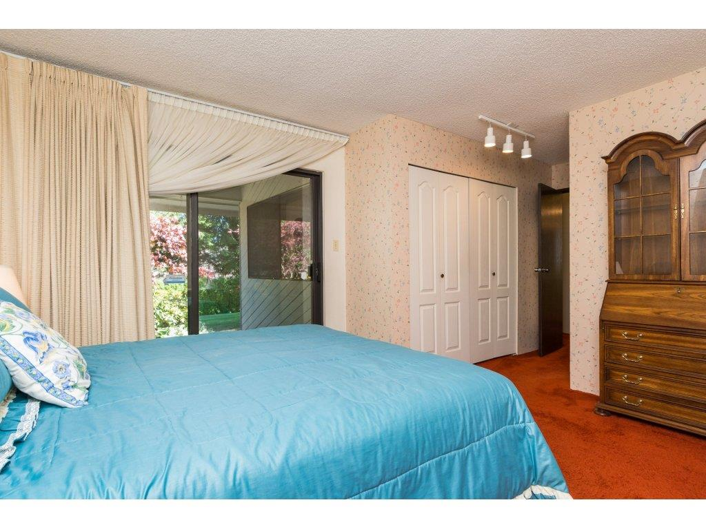 Townhouse at 15883 ALDER PLACE, South Surrey White Rock, British Columbia. Image 12
