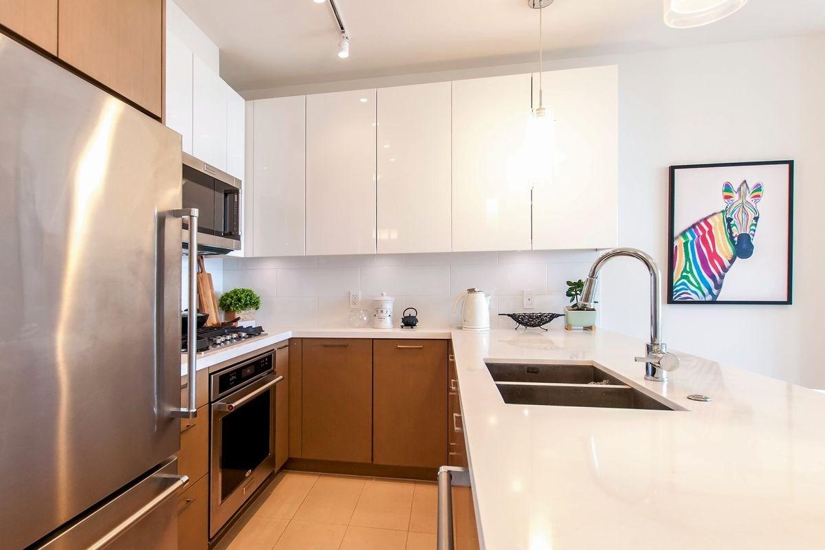 Condo Apartment at 1501 271 FRANCIS WAY, Unit 1501, New Westminster, British Columbia. Image 17