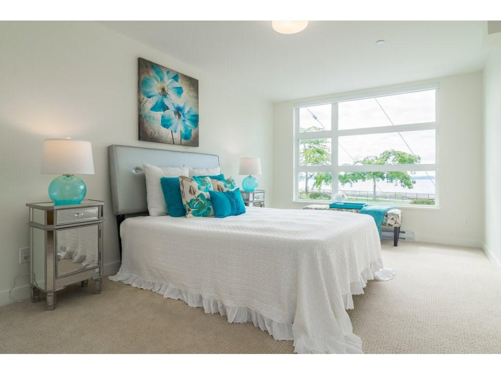 Condo Apartment at 201 1150 OXFORD STREET, Unit 201, South Surrey White Rock, British Columbia. Image 12