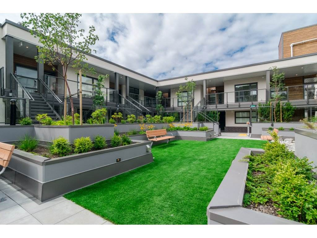 Condo Apartment at 201 1150 OXFORD STREET, Unit 201, South Surrey White Rock, British Columbia. Image 18