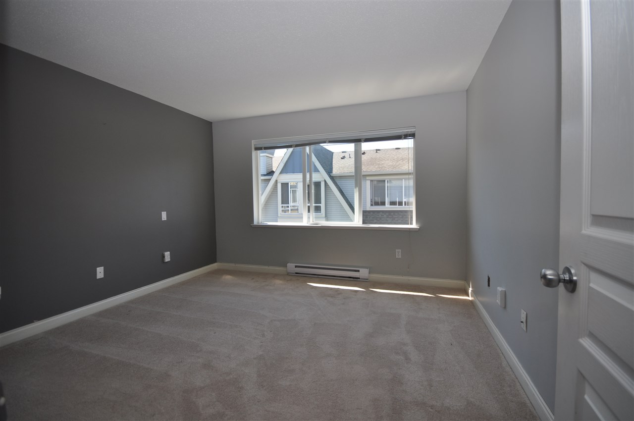 Townhouse at 74 16388 85 AVENUE, Unit 74, Surrey, British Columbia. Image 11