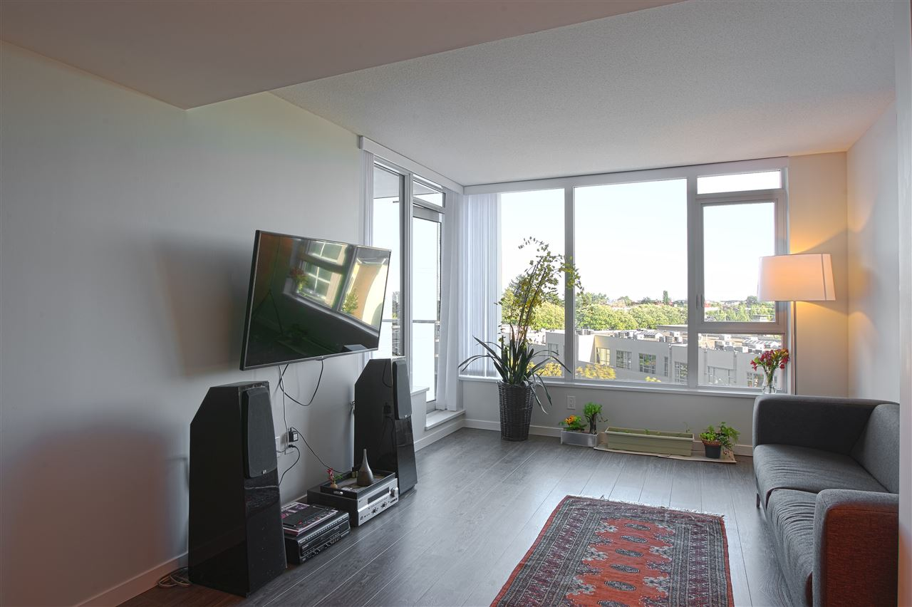 Condo Apartment at B702 3331 BROWN ROAD, Unit B702, Richmond, British Columbia. Image 4