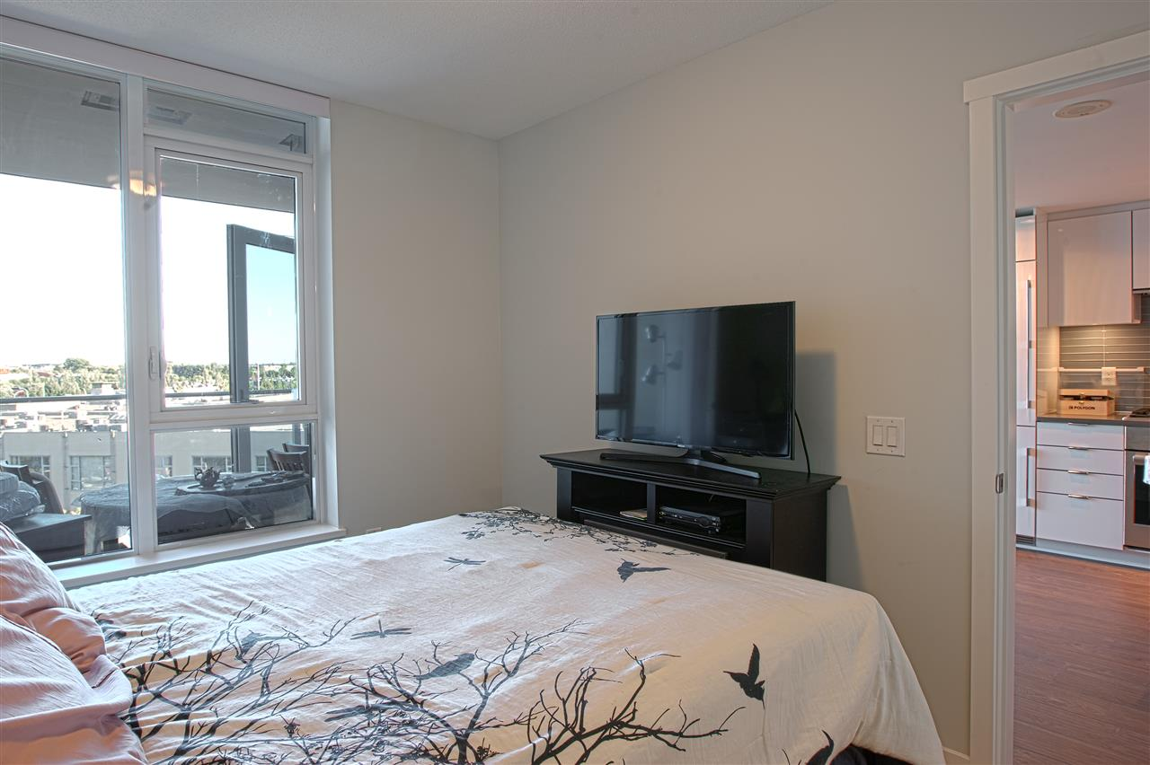Condo Apartment at B702 3331 BROWN ROAD, Unit B702, Richmond, British Columbia. Image 7