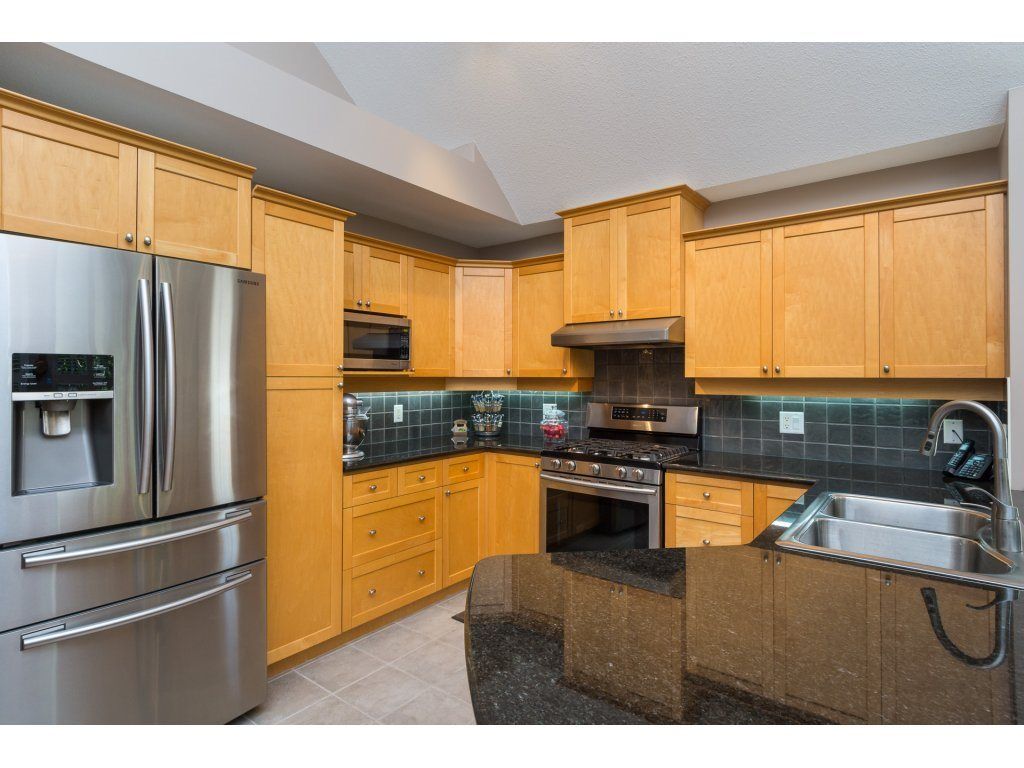 Townhouse at 79 15500 ROSEMARY HEIGHTS CRESCENT, Unit 79, South Surrey White Rock, British Columbia. Image 9