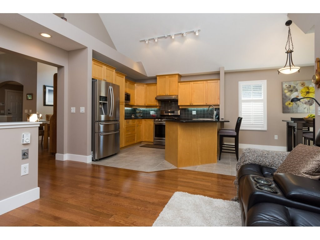 Townhouse at 79 15500 ROSEMARY HEIGHTS CRESCENT, Unit 79, South Surrey White Rock, British Columbia. Image 10