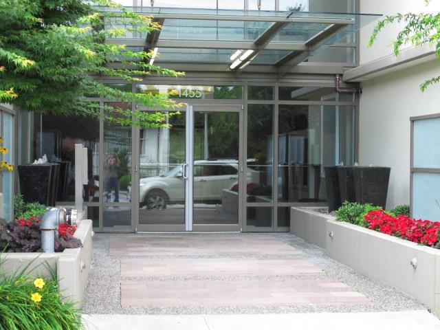 Condo Apartment at 206 1455 GEORGE STREET, Unit 206, South Surrey White Rock, British Columbia. Image 2