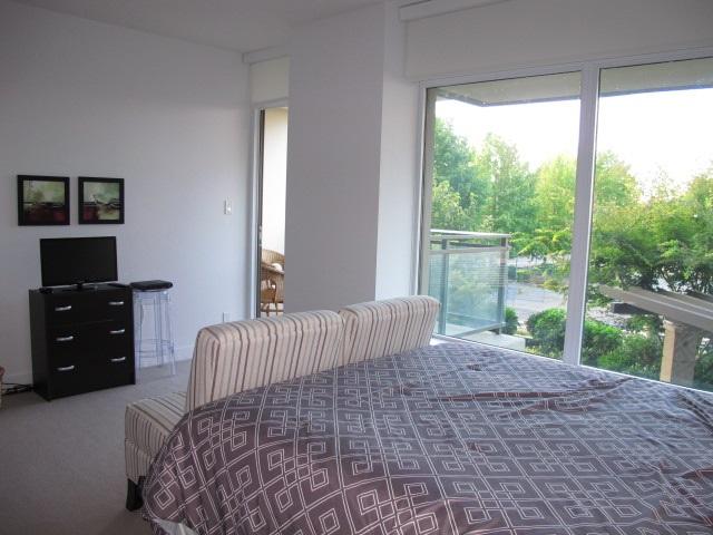 Condo Apartment at 206 1455 GEORGE STREET, Unit 206, South Surrey White Rock, British Columbia. Image 5