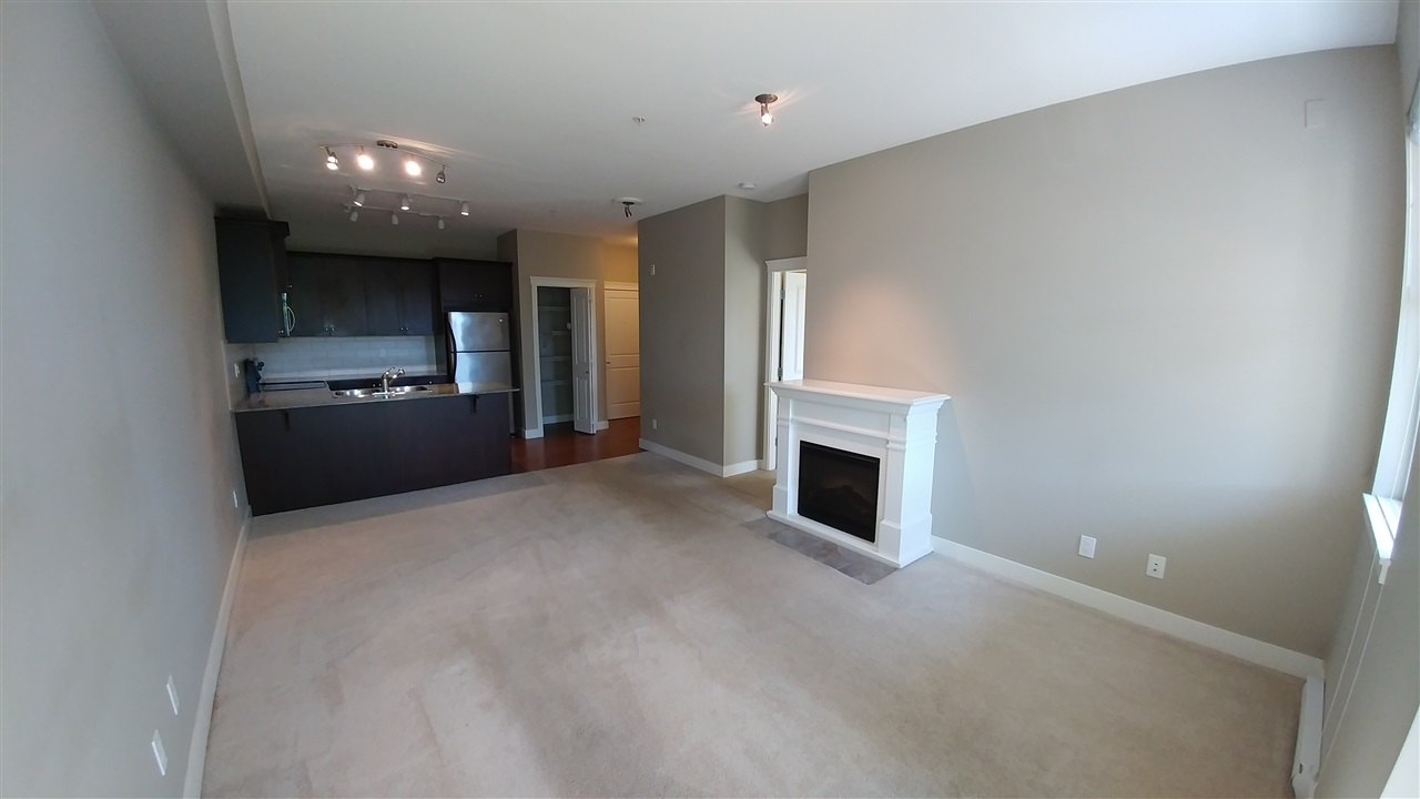 Condo Apartment at 108 17712 57A AVENUE, Unit 108, Cloverdale, British Columbia. Image 2