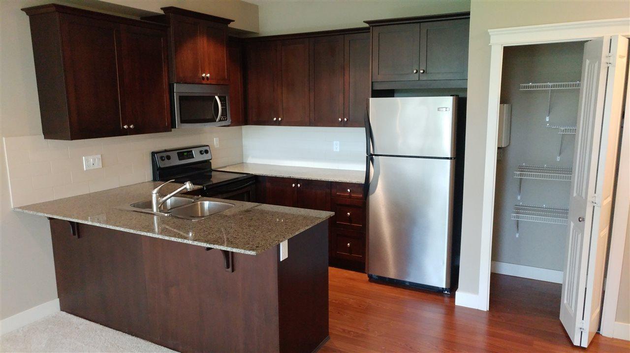 Condo Apartment at 108 17712 57A AVENUE, Unit 108, Cloverdale, British Columbia. Image 5