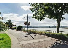 Condo Apartment at 1705 1250 QUAYSIDE DRIVE, Unit 1705, New Westminster, British Columbia. Image 4