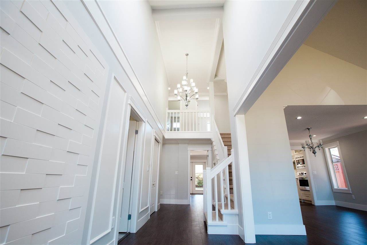 Detached at 6288 CRESCENT PLACE, Ladner, British Columbia. Image 2