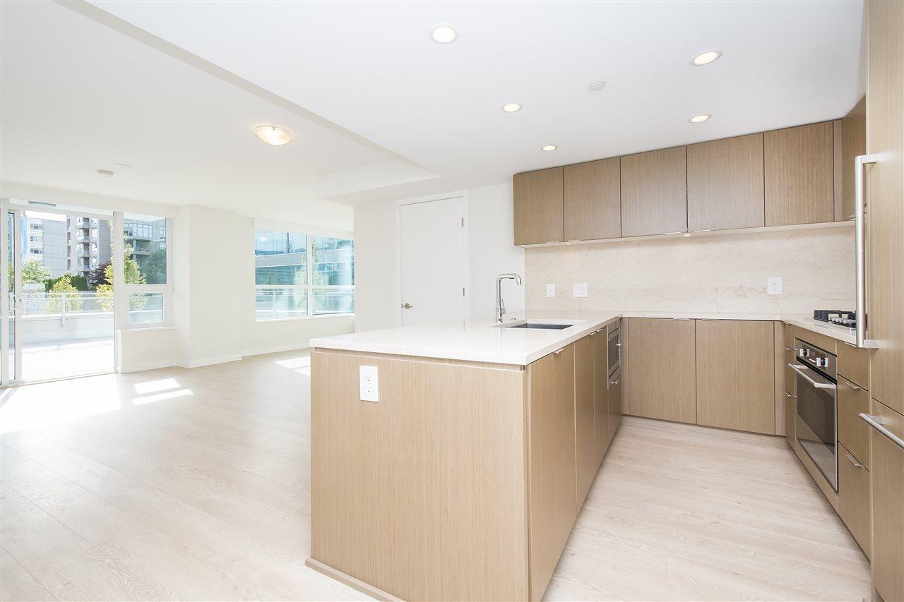 Condo Apartment at 302 125 E 14TH STREET, Unit 302, North Vancouver, British Columbia. Image 2