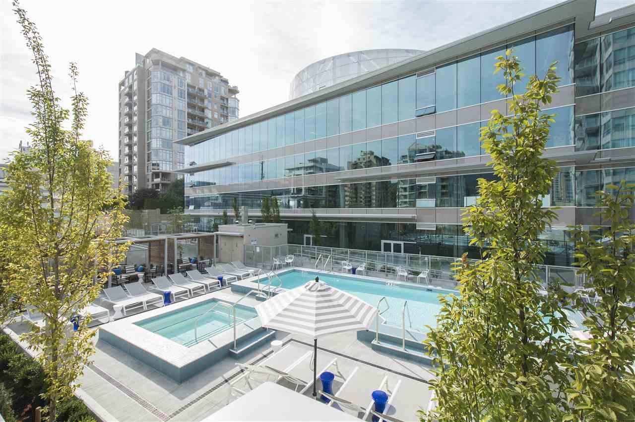 Condo Apartment at 302 125 E 14TH STREET, Unit 302, North Vancouver, British Columbia. Image 16