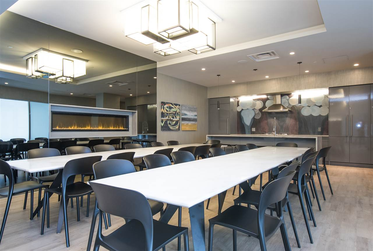 Condo Apartment at 302 125 E 14TH STREET, Unit 302, North Vancouver, British Columbia. Image 20