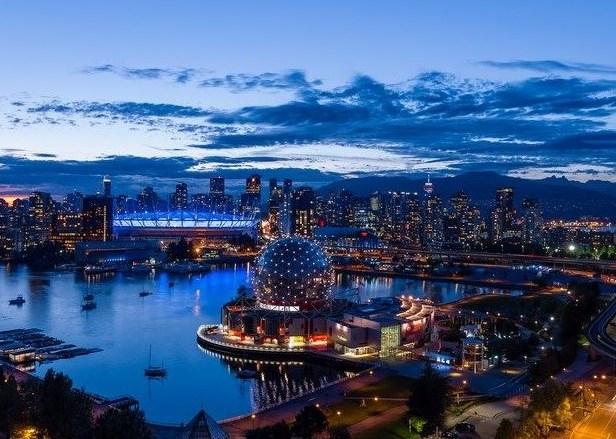 Condo Apartment at PH2205 1618 QUEBEC STREET, Unit PH2205, Vancouver East, British Columbia. Image 1