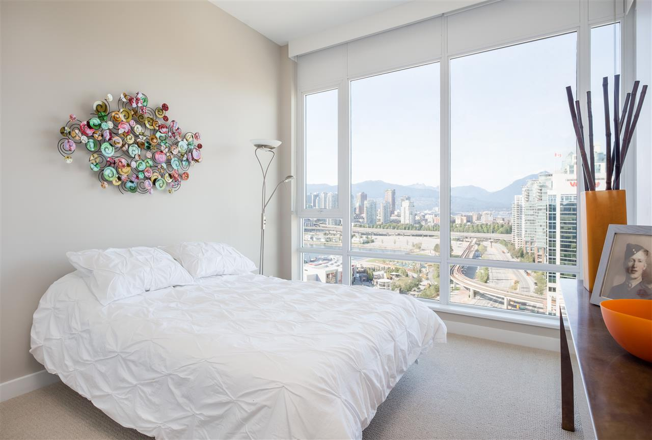Condo Apartment at PH2205 1618 QUEBEC STREET, Unit PH2205, Vancouver East, British Columbia. Image 10
