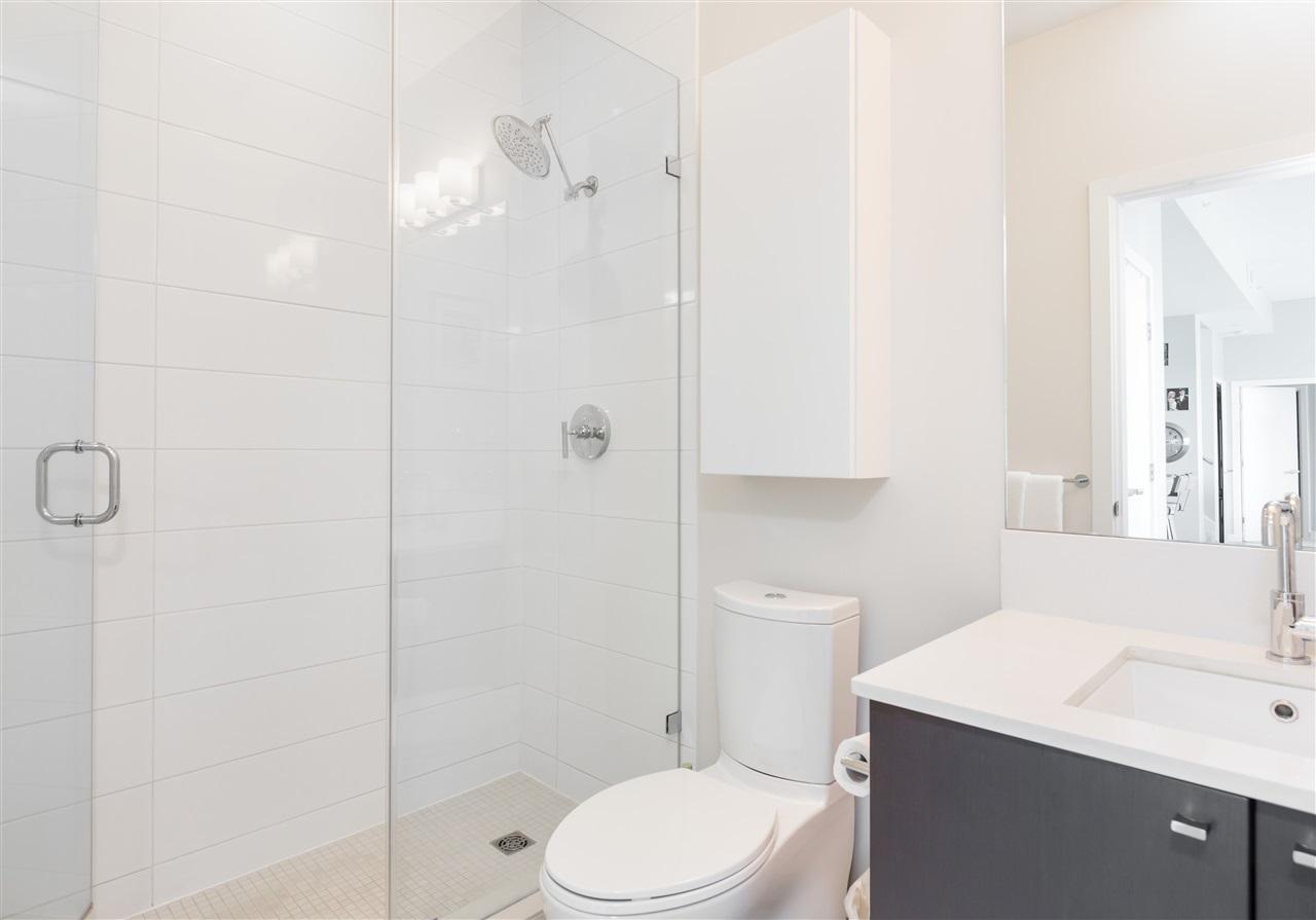Condo Apartment at PH2205 1618 QUEBEC STREET, Unit PH2205, Vancouver East, British Columbia. Image 11