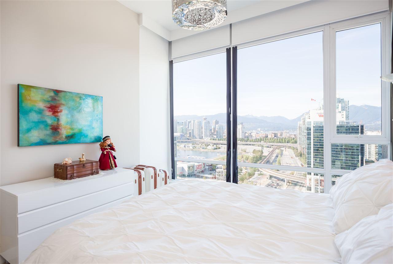 Condo Apartment at PH2205 1618 QUEBEC STREET, Unit PH2205, Vancouver East, British Columbia. Image 12