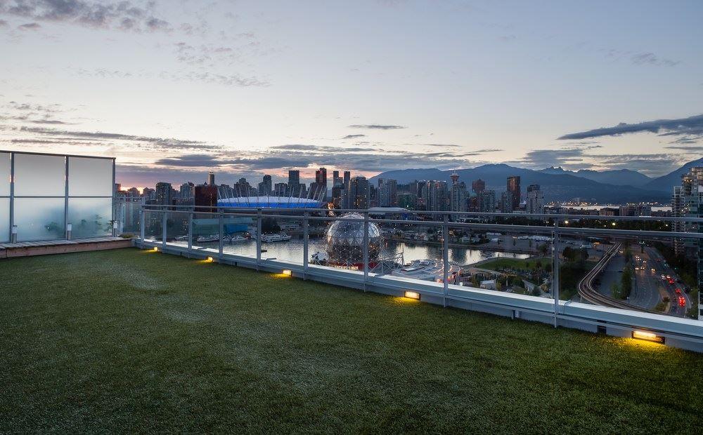 Condo Apartment at PH2205 1618 QUEBEC STREET, Unit PH2205, Vancouver East, British Columbia. Image 19