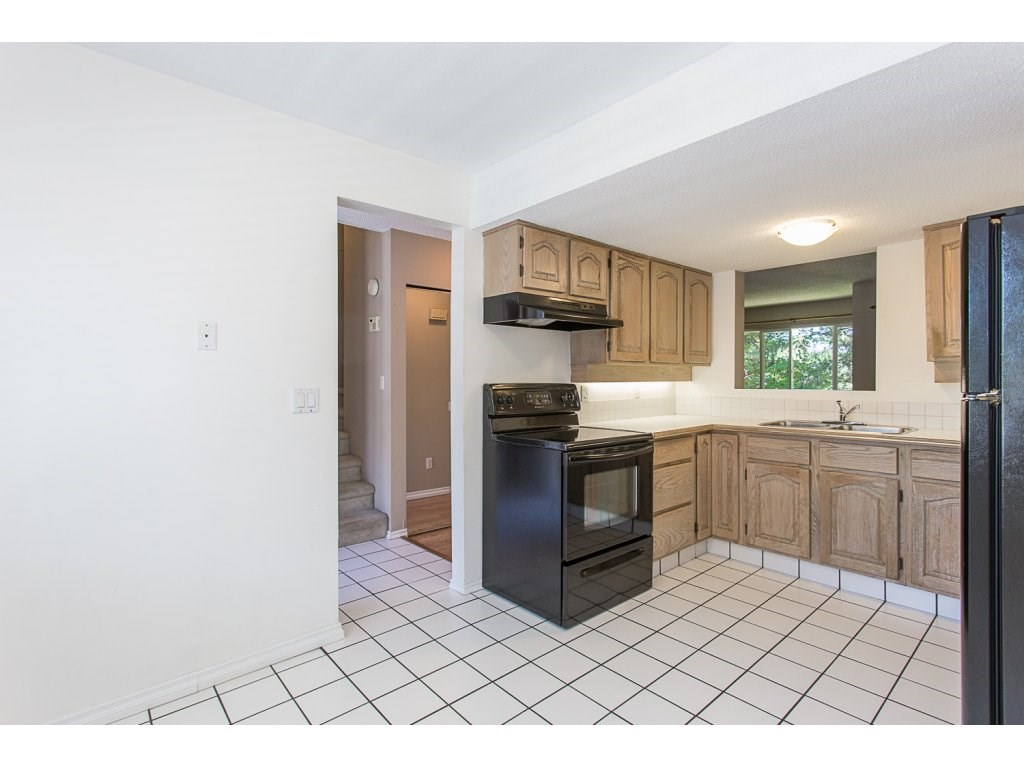 Townhouse at 595 CARLSEN PLACE, Port Moody, British Columbia. Image 3