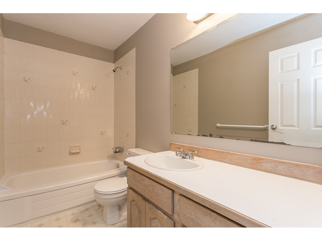 Townhouse at 595 CARLSEN PLACE, Port Moody, British Columbia. Image 12