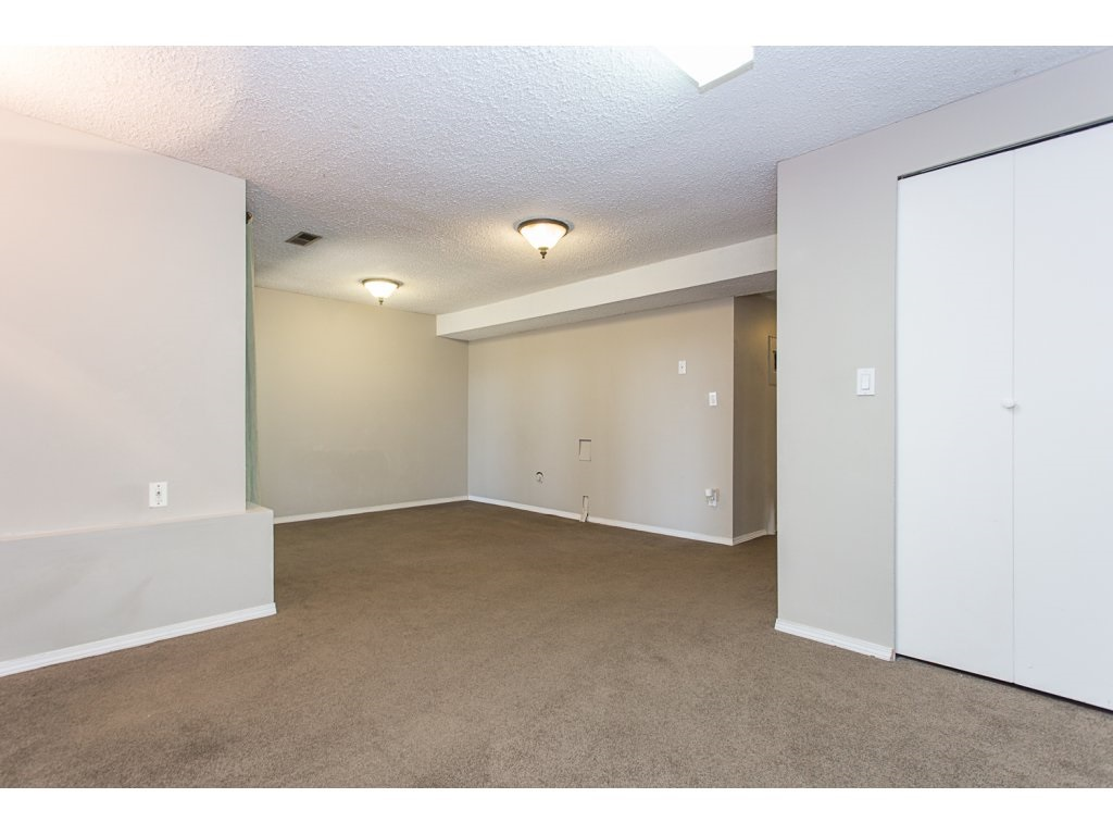 Townhouse at 595 CARLSEN PLACE, Port Moody, British Columbia. Image 16