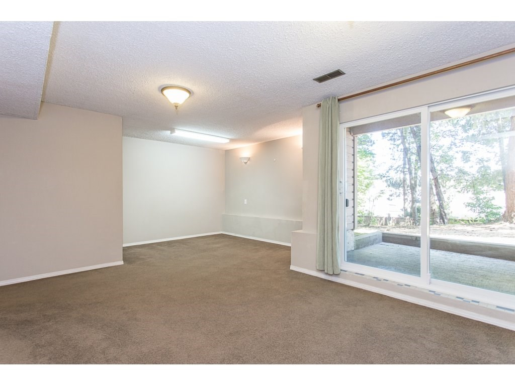 Townhouse at 595 CARLSEN PLACE, Port Moody, British Columbia. Image 17
