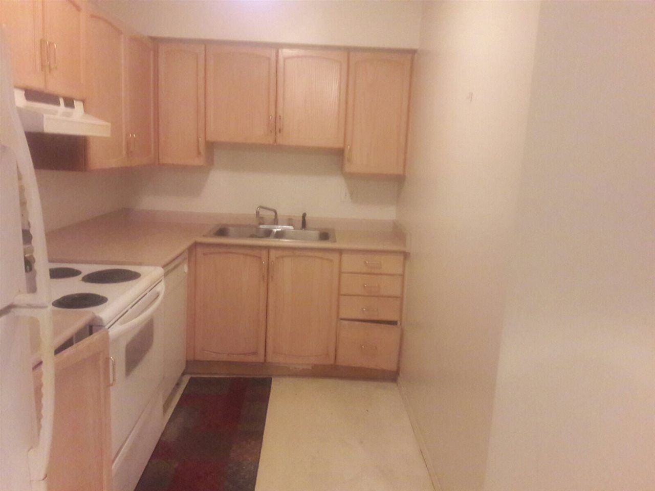 Condo Apartment at 113 2962 TRETHEWEY STREET, Unit 113, Abbotsford, British Columbia. Image 2