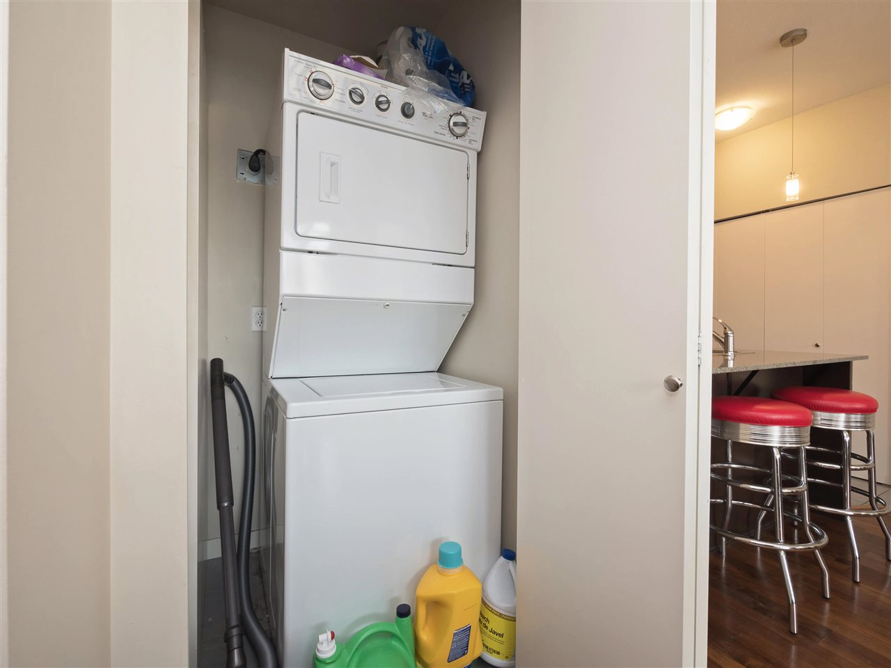 Condo Apartment at 332 13733 107A AVENUE, Unit 332, North Surrey, British Columbia. Image 13