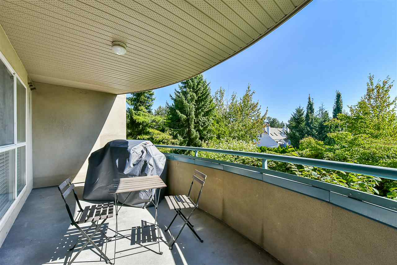 Condo Apartment at 206 7505 138 STREET, Unit 206, Surrey, British Columbia. Image 19