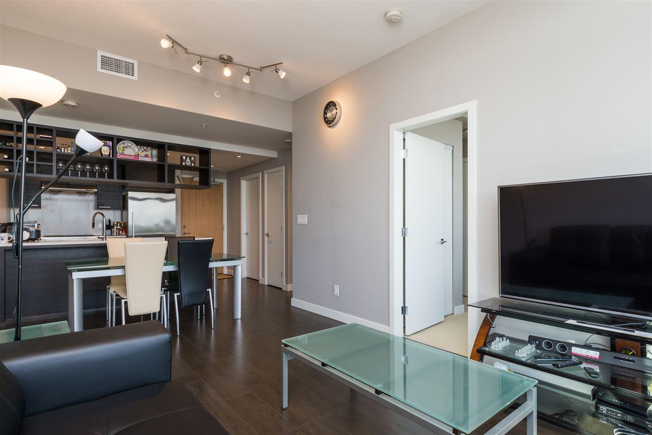 Condo Apartment at 1805 6288 NO. 3 ROAD, Unit 1805, Richmond, British Columbia. Image 6