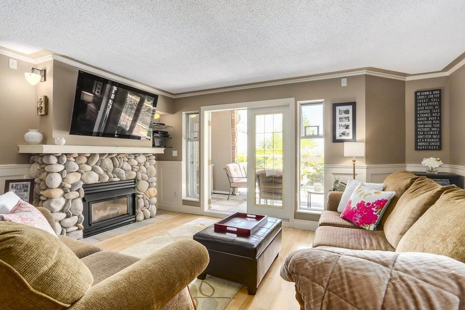 Condo Apartment at 106 67 MINER STREET, Unit 106, New Westminster, British Columbia. Image 2