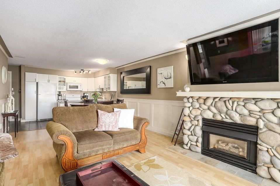 Condo Apartment at 106 67 MINER STREET, Unit 106, New Westminster, British Columbia. Image 4