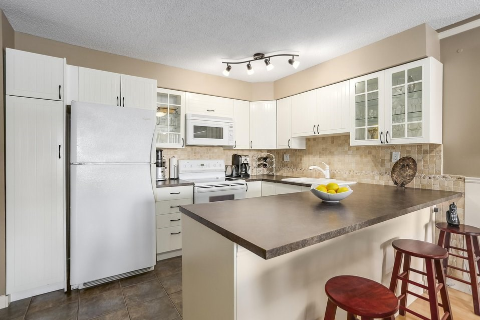 Condo Apartment at 106 67 MINER STREET, Unit 106, New Westminster, British Columbia. Image 6