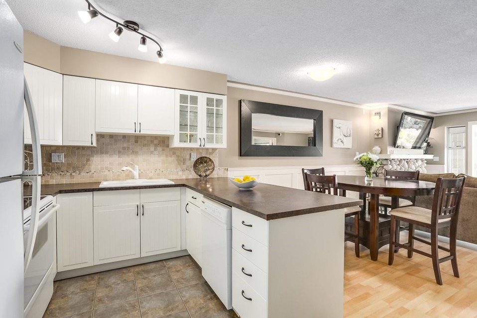 Condo Apartment at 106 67 MINER STREET, Unit 106, New Westminster, British Columbia. Image 7