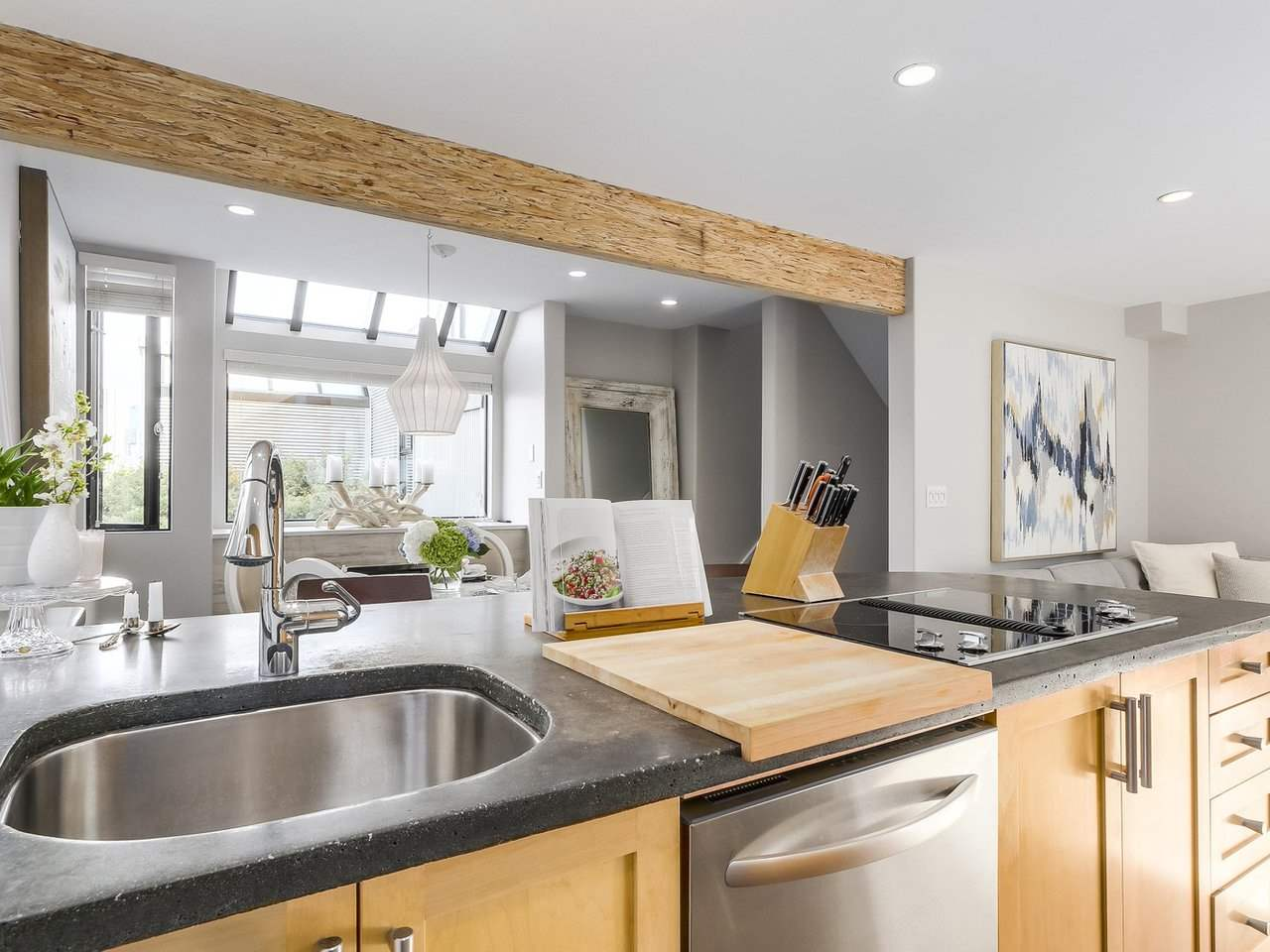 Townhouse at 956 W 7TH AVENUE, Vancouver West, British Columbia. Image 5