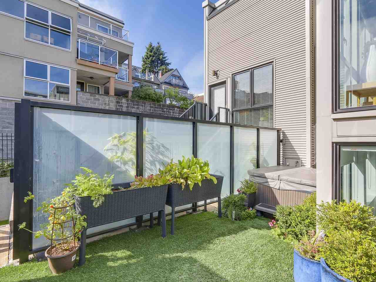 Townhouse at 956 W 7TH AVENUE, Vancouver West, British Columbia. Image 13