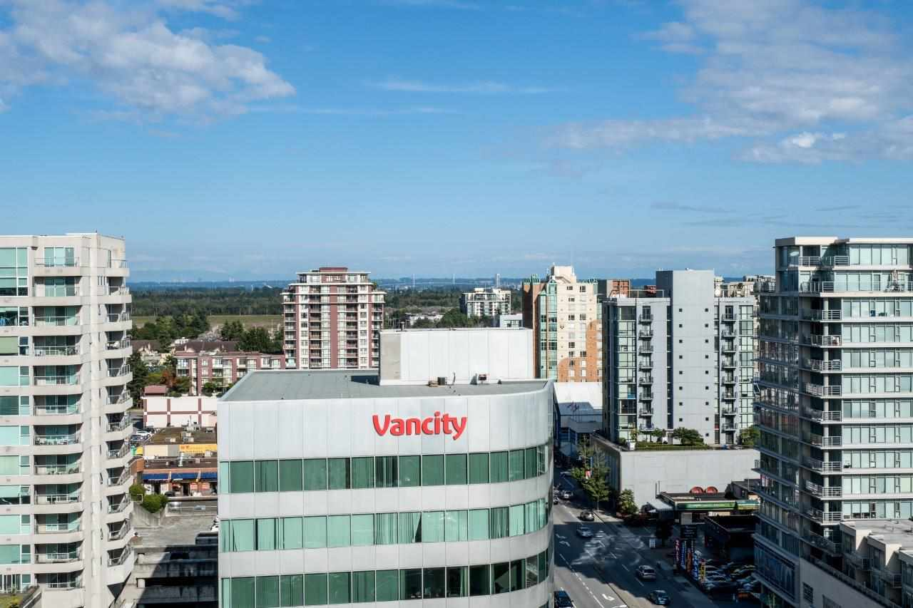 Condo Apartment at 1306 7995 WESTMINSTER HIGHWAY, Unit 1306, Richmond, British Columbia. Image 16