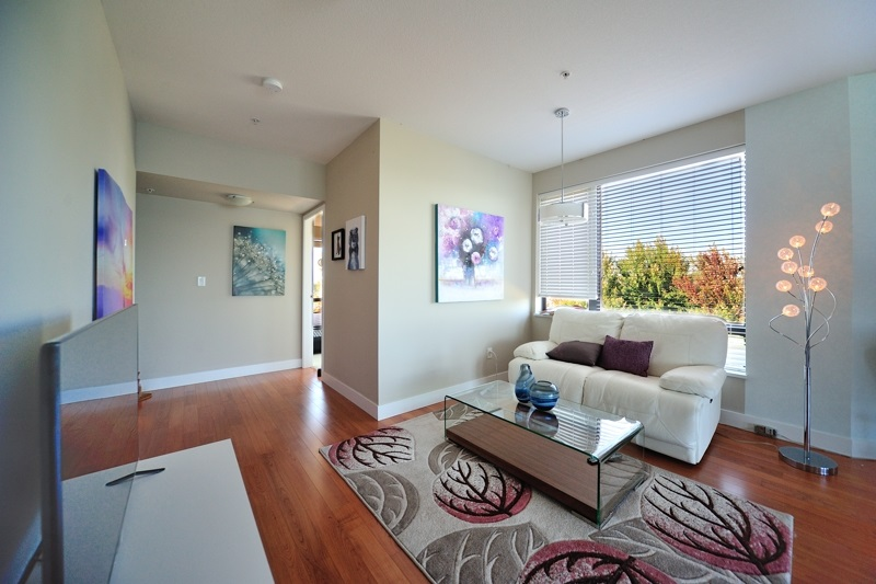 Condo Apartment at 304 14300 RIVERPORT WAY, Unit 304, Richmond, British Columbia. Image 3