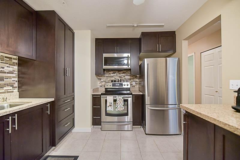 Condo Apartment at 308 1215 PACIFIC STREET, Unit 308, Coquitlam, British Columbia. Image 13