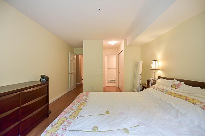 Condo Apartment at 308 1215 PACIFIC STREET, Unit 308, Coquitlam, British Columbia. Image 15