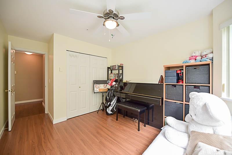 Condo Apartment at 308 1215 PACIFIC STREET, Unit 308, Coquitlam, British Columbia. Image 18