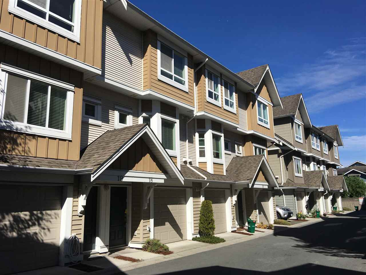 Townhouse at 19 9451 GRANVILLE AVENUE, Unit 19, Richmond, British Columbia. Image 2