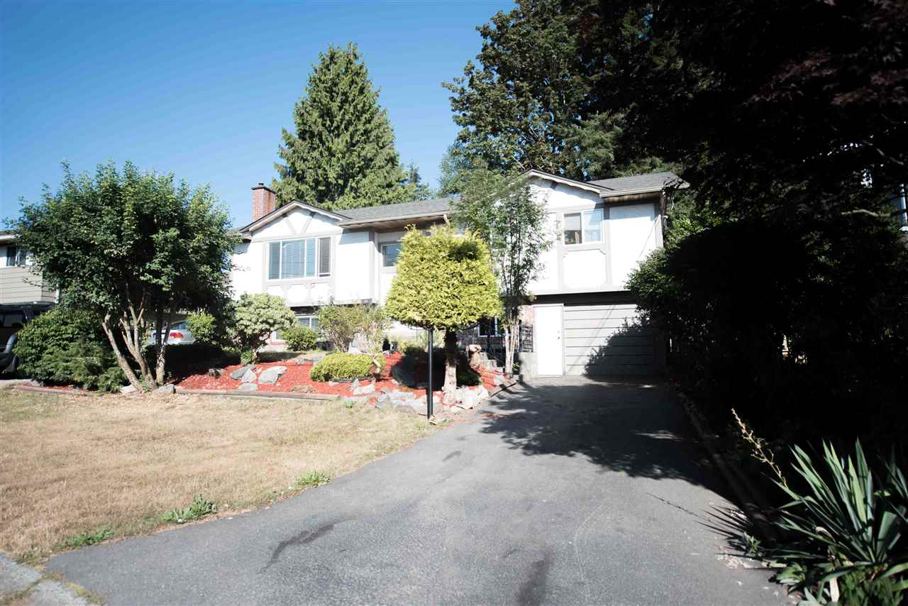 Detached at 7390 S MINSTER DRIVE, N. Delta, British Columbia. Image 19