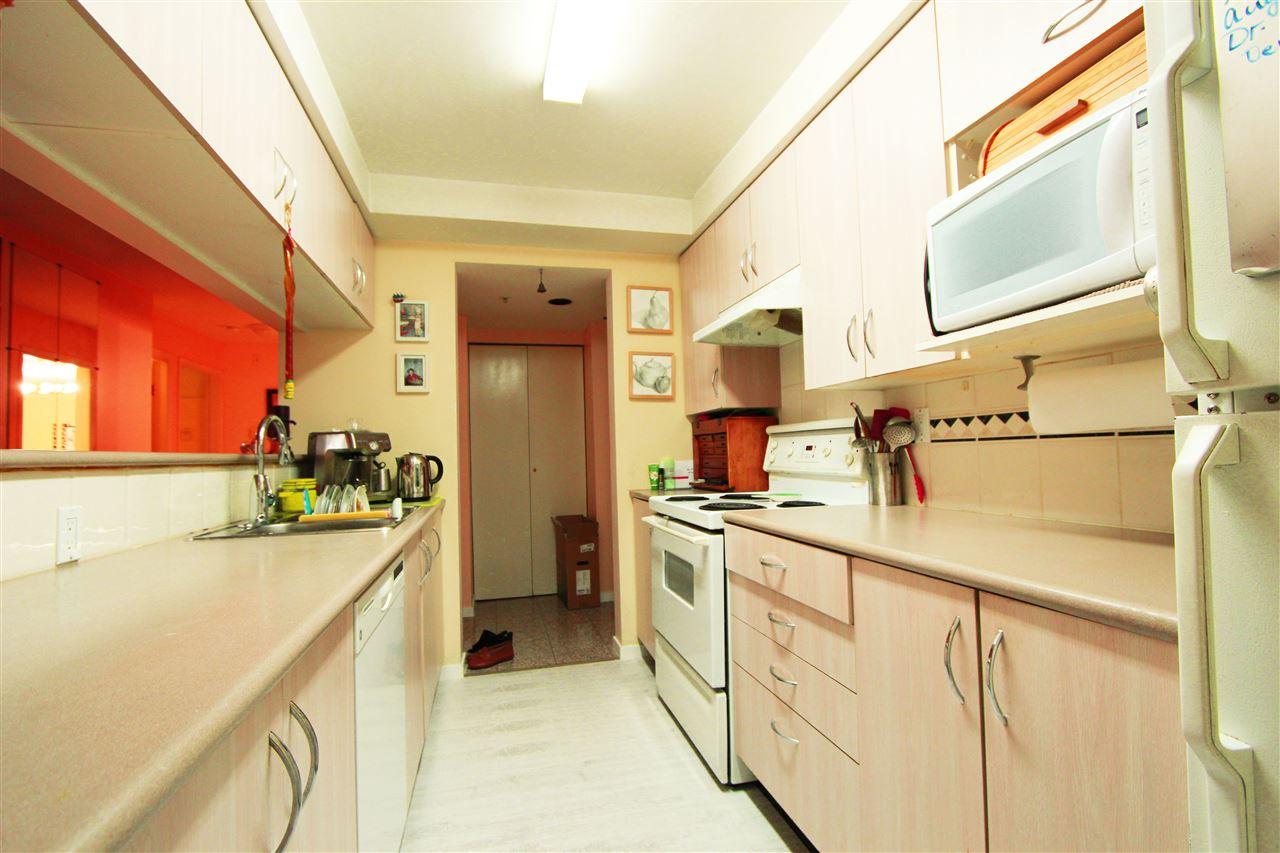 Condo Apartment at 304 1163 THE HIGH STREET, Unit 304, Coquitlam, British Columbia. Image 3