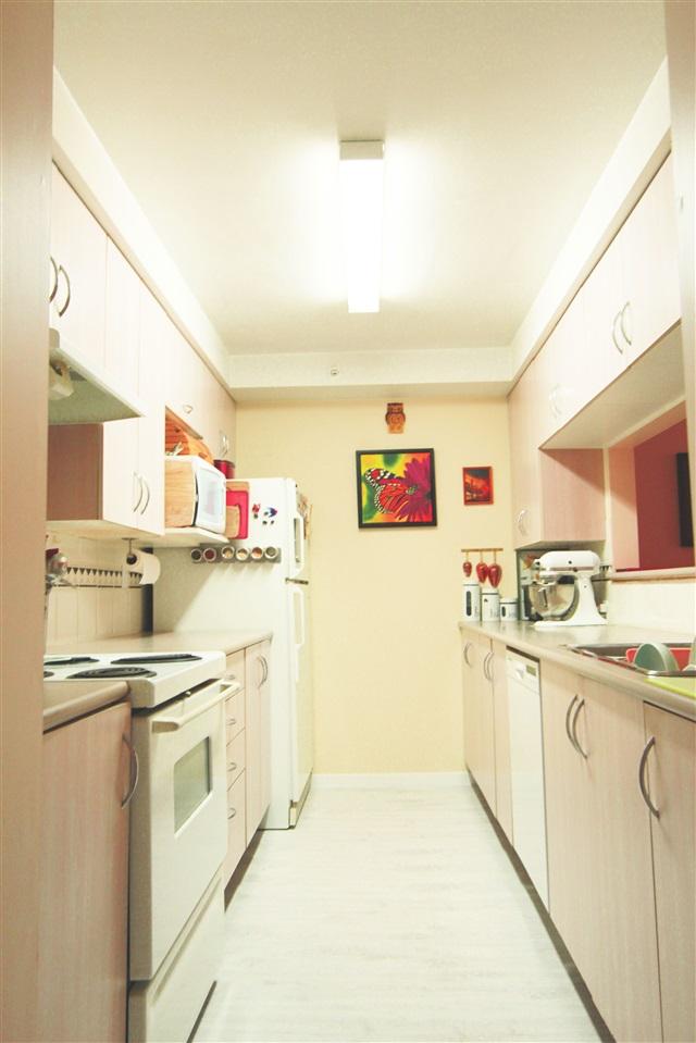 Condo Apartment at 304 1163 THE HIGH STREET, Unit 304, Coquitlam, British Columbia. Image 5
